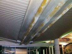 回廊天井施工前